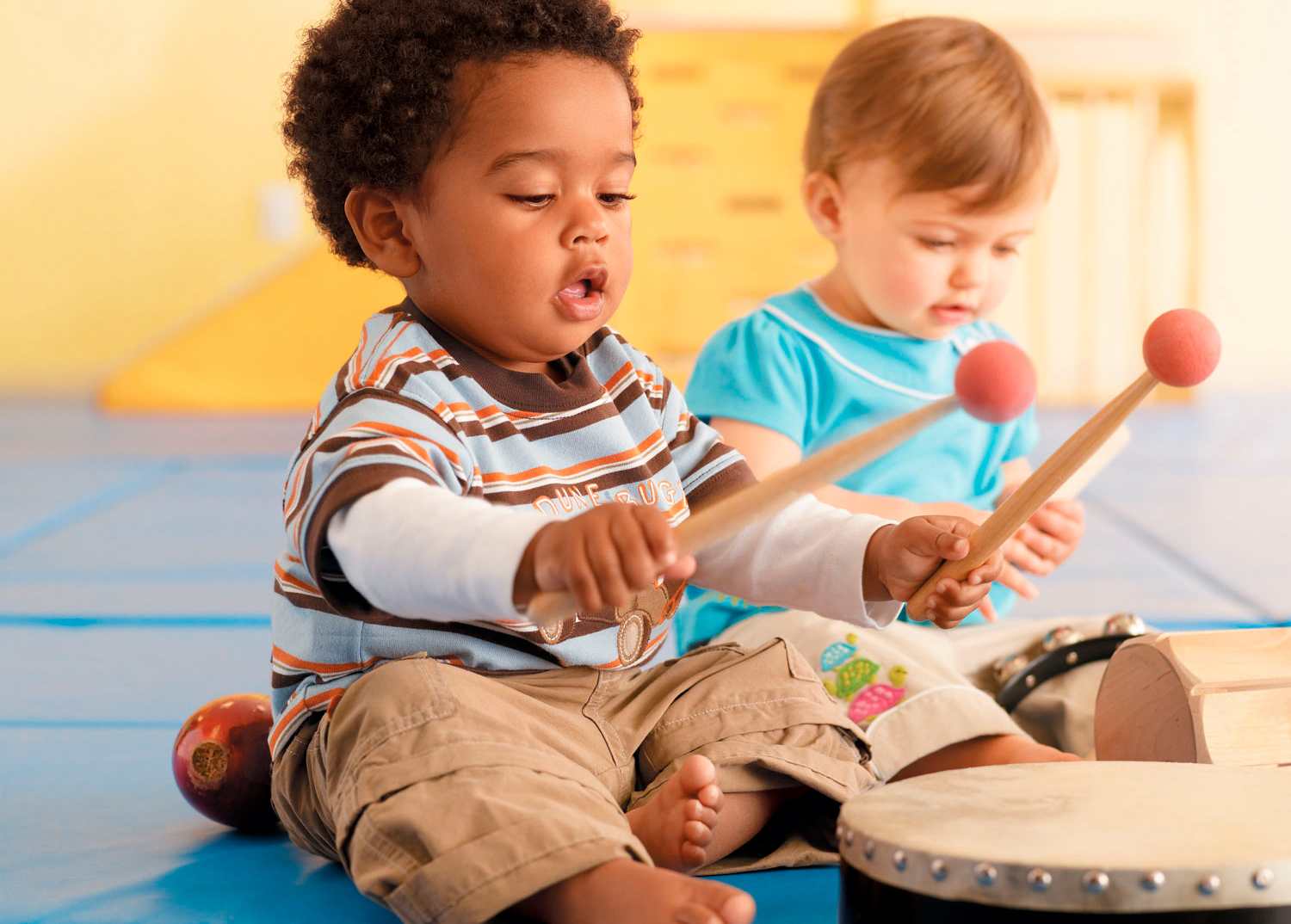 music and children Music has a power that goes beyond words the pleasure of sharing music  builds connections between parent and child as sounds and.